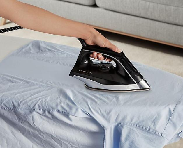 ROWENTA Compact Pro Steam Iron in Blue