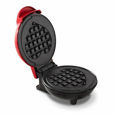 Dash DMW001HR Mini Maker Waffle Goodness, Red